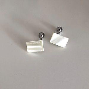 Hugo Boss Pearl Rectangle Cuff Links Set